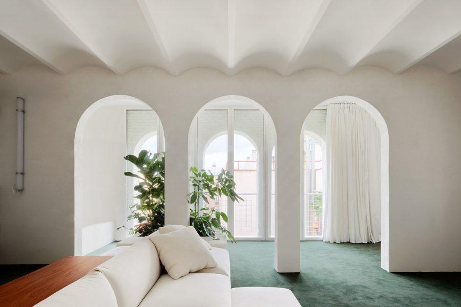 """Spațiu și originalitate într-un apartament """"geometric"""""""