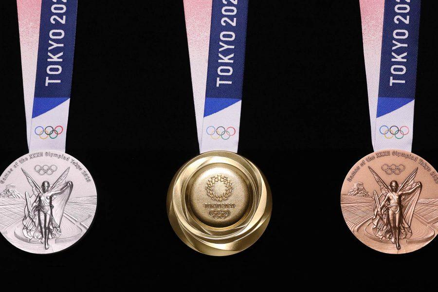 Reciclează creativ: japonezii au confecționat medalii olimpice din deșeuri electronice