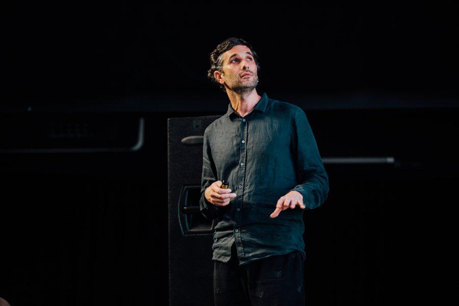 DESIGN TALKS THROWBACK 3: Corvin Cristian despre prezentări de proiect și biroul Microsoft de la Timișoara